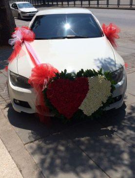 beyaz lüks gelin arabası kalpli beyaz kırmızı kalpli